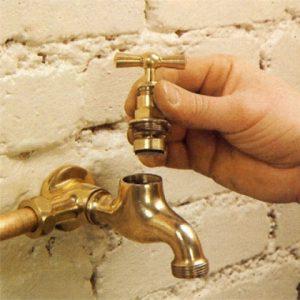 Démonter soi-même un robinet